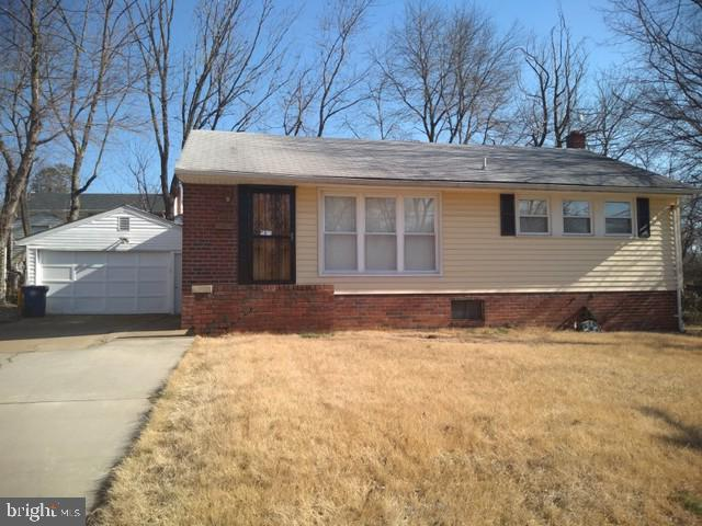 8209 Quentin Street, NEW CARROLLTON, MD 20784 (#MDPG503676) :: The Maryland Group of Long & Foster