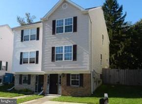 1318 Gabes Place, LANDOVER, MD 20785 (#MDPG503760) :: Colgan Real Estate