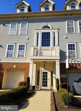 11333 Westbrook Mill Lane #201, FAIRFAX, VA 22030 (#VAFX1001210) :: The Greg Wells Team