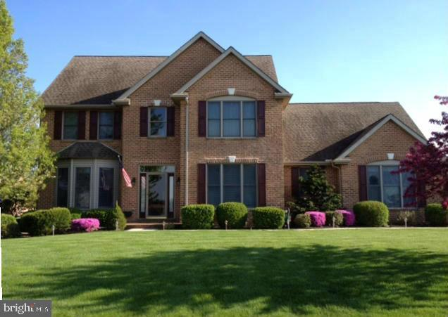 3158 Saint Andrews Drive, CHAMBERSBURG, PA 17202 (#PAFL161280) :: The Heather Neidlinger Team With Berkshire Hathaway HomeServices Homesale Realty