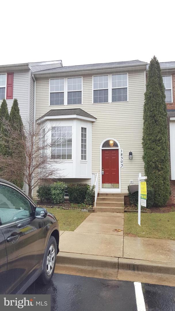 18303 Bailiwick Place, GERMANTOWN, MD 20874 (#MDMC625186) :: Labrador Real Estate Team