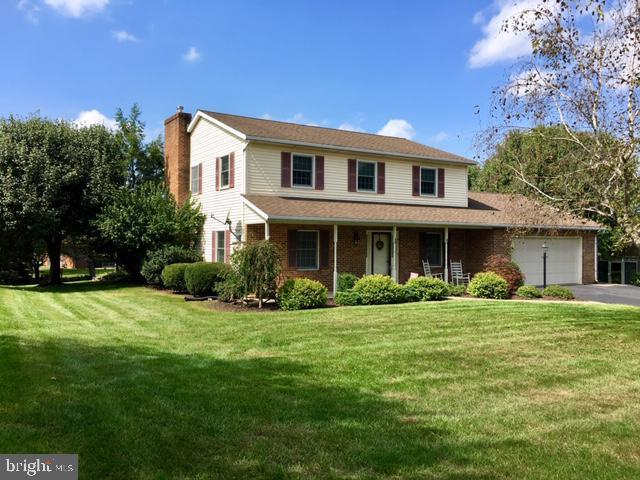 3507 Eagle Drive, CHAMBERSBURG, PA 17202 (#PAFL161356) :: Benchmark Real Estate Team of KW Keystone Realty