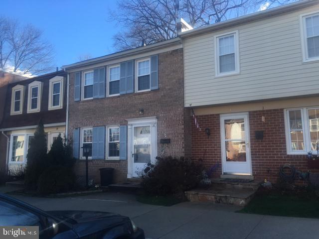 16 Hibiscus Court 1-8, GAITHERSBURG, MD 20878 (#MDMC648810) :: ExecuHome Realty