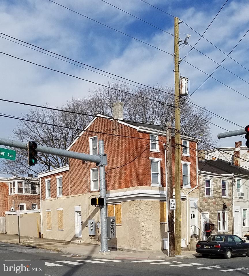 1035 Lancaster Avenue - Photo 1