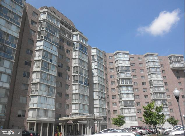 3200 N Leisure World Boulevard #511, SILVER SPRING, MD 20906 (#MDMC649498) :: The Washingtonian Group