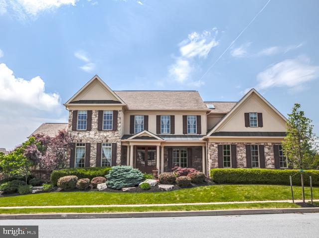 2371 Pullman Way, HUMMELSTOWN, PA 17036 (#PADA108666) :: The Joy Daniels Real Estate Group