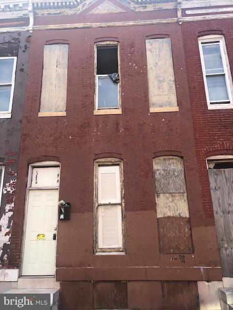 702 Appleton Street - Photo 1