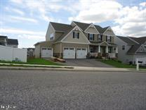 2640 Friends Circle, YORK, PA 17408 (#PAYK113898) :: The Joy Daniels Real Estate Group