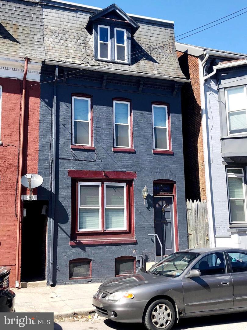 343 Philadelphia Street - Photo 1