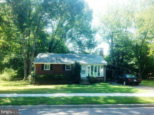 7431 Carol Lane, FALLS CHURCH, VA 22042 (#VAFX1051626) :: Remax Preferred | Scott Kompa Group
