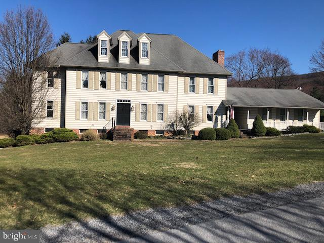 9 Westwood Drive, MOUNT HOLLY SPRINGS, PA 17065 (#PACB111660) :: The Heather Neidlinger Team With Berkshire Hathaway HomeServices Homesale Realty