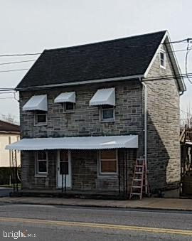 360 W Loudon Street, CHAMBERSBURG, PA 17201 (#PAFL164696) :: The Maryland Group of Long & Foster