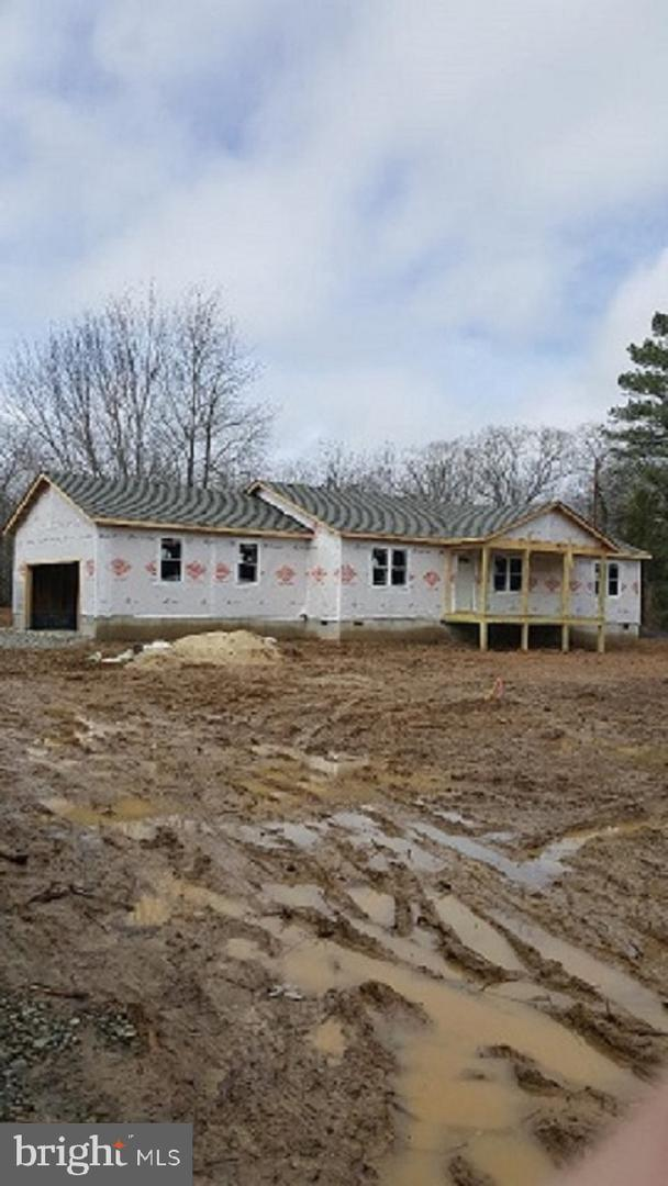 13457 Shannon Hill Road, LOUISA, VA 23093 (#VALA118888) :: Eng Garcia Grant & Co.