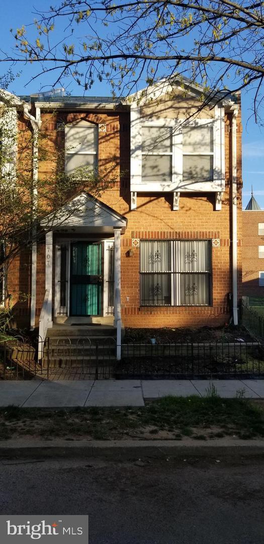 707 Barnes Street NE, WASHINGTON, DC 20019 (#DCDC422834) :: Remax Preferred   Scott Kompa Group