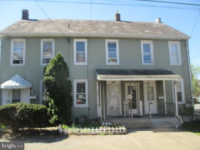 124 Beech Street, POTTSTOWN, PA 19464 (#PAMC605112) :: Remax Preferred | Scott Kompa Group