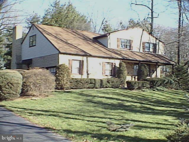 1495 Byberry Road, HUNTINGDON VALLEY, PA 19006 (#PAMC605118) :: ExecuHome Realty