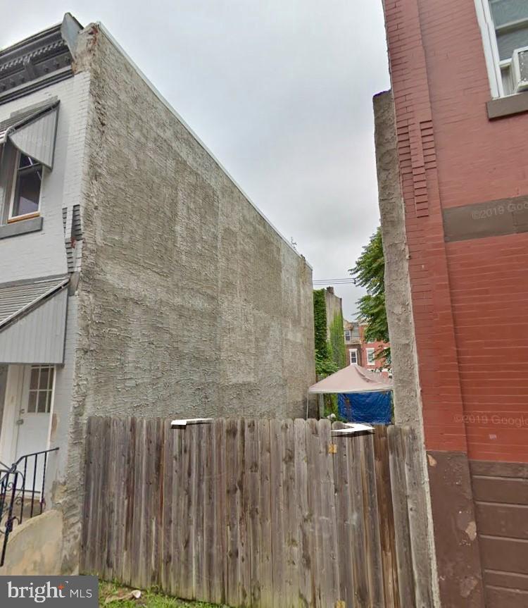 2414 Gratz Street - Photo 1