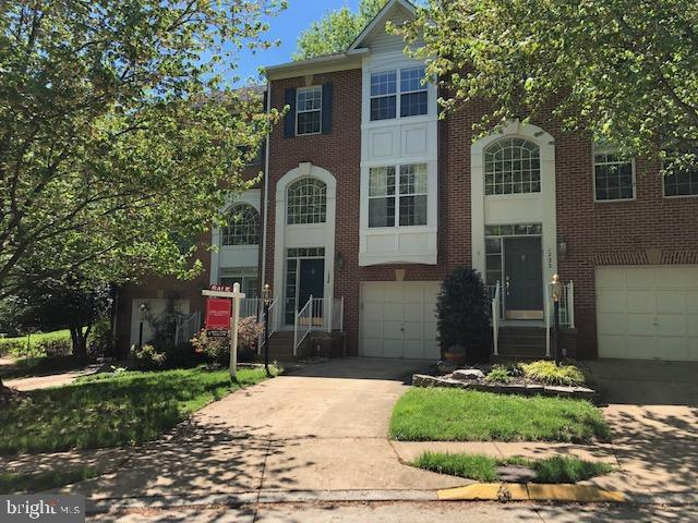 1234 Wild Hawthorn Way, RESTON, VA 20194 (#VAFX1055362) :: Pearson Smith Realty