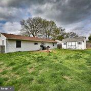 164 Goldenridge Drive, LEVITTOWN, PA 19057 (#PABU466084) :: ExecuHome Realty