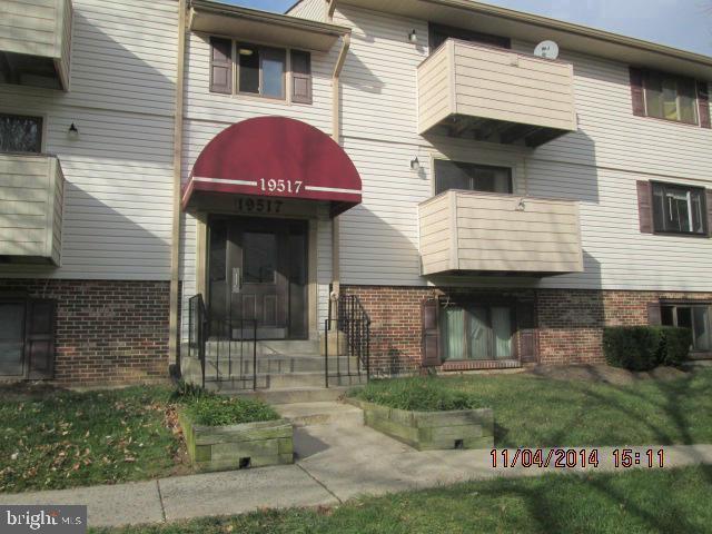 19517 Gunners Branch Road #414, GERMANTOWN, MD 20876 (#MDMC654278) :: Jim Bass Group of Real Estate Teams, LLC