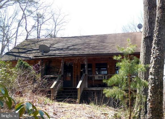 1020 Old Buffalo Lane, NEW MARKET, VA 22844 (#VASH115650) :: The Maryland Group of Long & Foster
