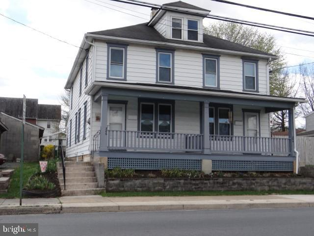 384-386 East Mckinley, CHAMBERSBURG, PA 17201 (#PAFL165044) :: The Joy Daniels Real Estate Group
