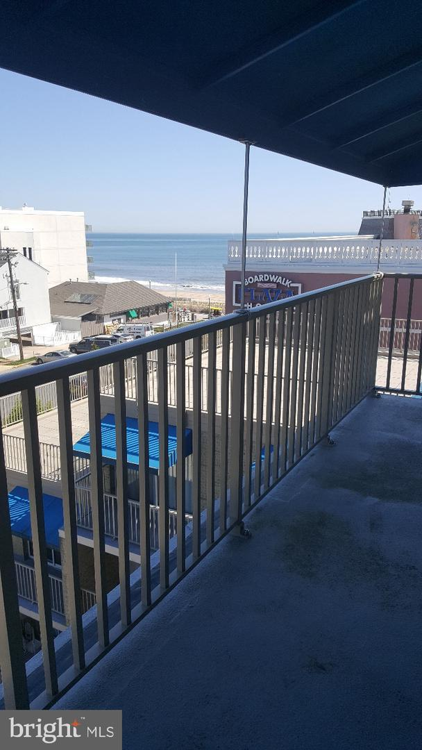 8 Olive Avenue #507, REHOBOTH BEACH, DE 19971 (#DESU139070) :: The Windrow Group