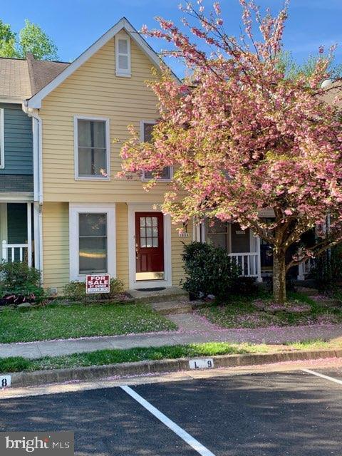 1584 Poplar Grove Drive, RESTON, VA 20194 (#VAFX1056584) :: Great Falls Great Homes