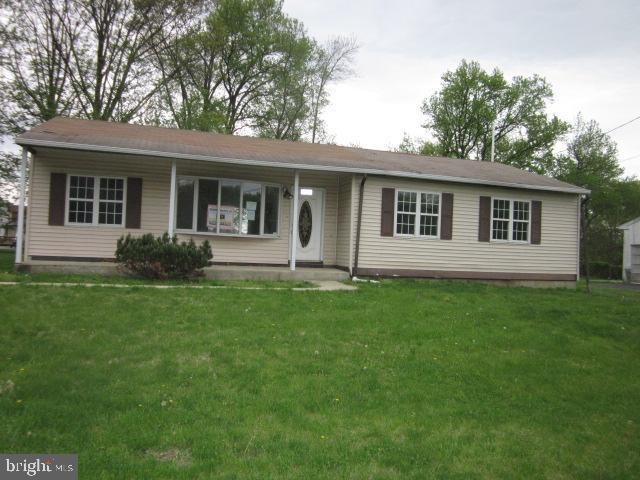 2131 Blueball Avenue, MARCUS HOOK, PA 19061 (#PADE489650) :: ExecuHome Realty