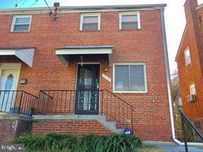 4225 H Street SE, WASHINGTON, DC 20019 (#DCDC424880) :: The Riffle Group of Keller Williams Select Realtors