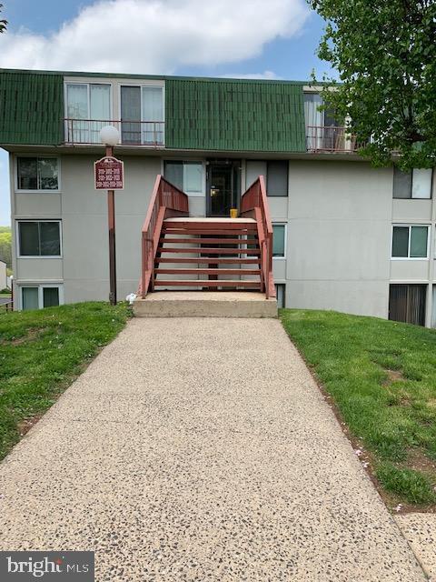 3132 Forest Lane E10, SCHWENKSVILLE, PA 19473 (#PAMC607186) :: Shamrock Realty Group, Inc