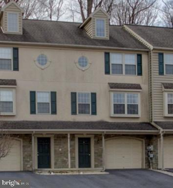 538 Indian Rock Circle, ELIZABETHTOWN, PA 17022 (#PALA131816) :: The Joy Daniels Real Estate Group