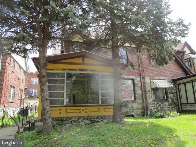 8 E Providence Road, LANSDOWNE, PA 19050 (#PADE490492) :: The John Kriza Team