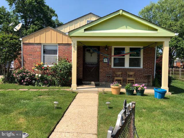2414 Fordham Place, HYATTSVILLE, MD 20783 (#MDPG527404) :: ExecuHome Realty