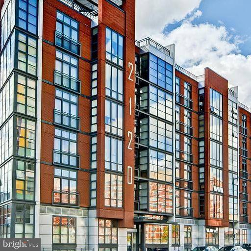 2120 Vermont Avenue NW #210, WASHINGTON, DC 20001 (#DCDC425940) :: Crossman & Co. Real Estate