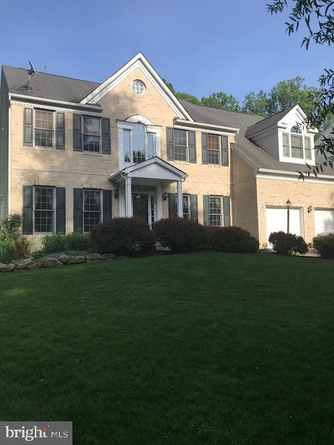 1810 Dellabrooke Farm Lane, BROOKEVILLE, MD 20833 (#MDMC657980) :: The Speicher Group of Long & Foster Real Estate