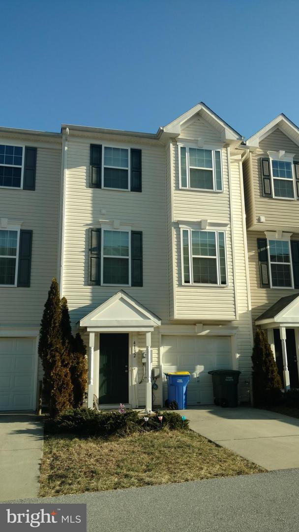 4132 Trabert Court, DOVER, PA 17315 (#PAYK116564) :: ExecuHome Realty