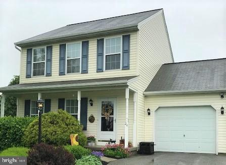 24 Cheltenham Lane, CARLISLE, PA 17013 (#PACB113208) :: The Heather Neidlinger Team With Berkshire Hathaway HomeServices Homesale Realty