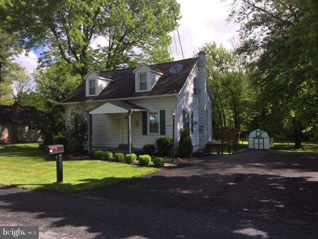 11 Springers Lane, NEW CUMBERLAND, PA 17070 (#PAYK116674) :: Better Homes and Gardens Real Estate Capital Area