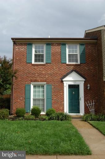 14428 Manassas Gap Court, CENTREVILLE, VA 20120 (#VAFX1061954) :: Dart Homes