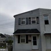 341 Johnson Street, POTTSTOWN, PA 19464 (#PAMC609460) :: ExecuHome Realty