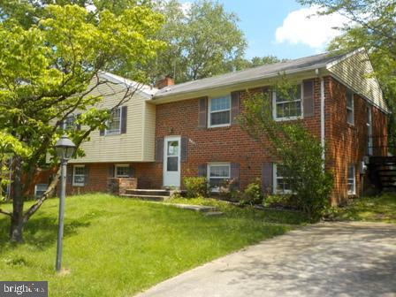 10907 Wharton Drive, UPPER MARLBORO, MD 20774 (#MDPG528642) :: Pearson Smith Realty