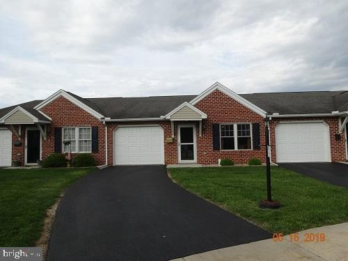 733 Fireside Drive, SHIPPENSBURG, PA 17257 (#PAFL165644) :: The Joy Daniels Real Estate Group