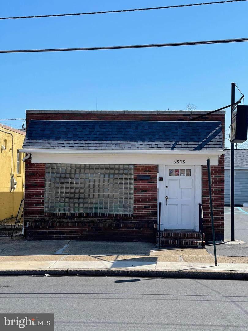 6928 Westfield Avenue - Photo 1