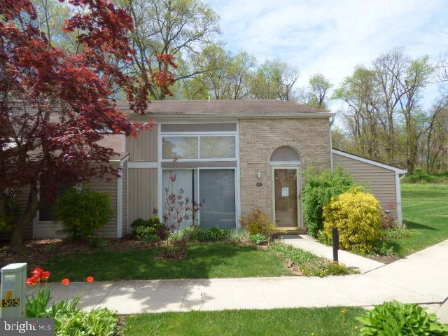 1527 Kensington Drive, HAGERSTOWN, MD 21742 (#MDWA164878) :: The Miller Team