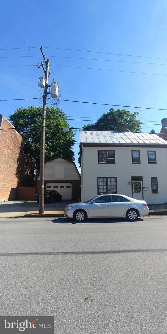 56 W South Street, CARLISLE, PA 17013 (#PACB113322) :: Teampete Realty Services, Inc