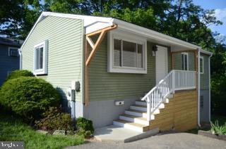 6909 Woodland Avenue, TAKOMA PARK, MD 20912 (#MDMC659420) :: Shamrock Realty Group, Inc