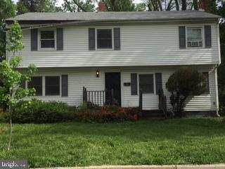 502 Randolph Street, FALLS CHURCH, VA 22046 (#VAFA110380) :: Jennifer Mack Properties