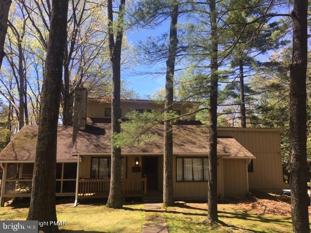 502 Moseywood Road, LAKE HARMONY, PA 18624 (#PACC115182) :: ExecuHome Realty