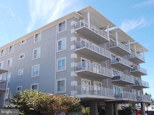 15 45TH Street #102, OCEAN CITY, MD 21842 (#MDWO106394) :: The Putnam Group